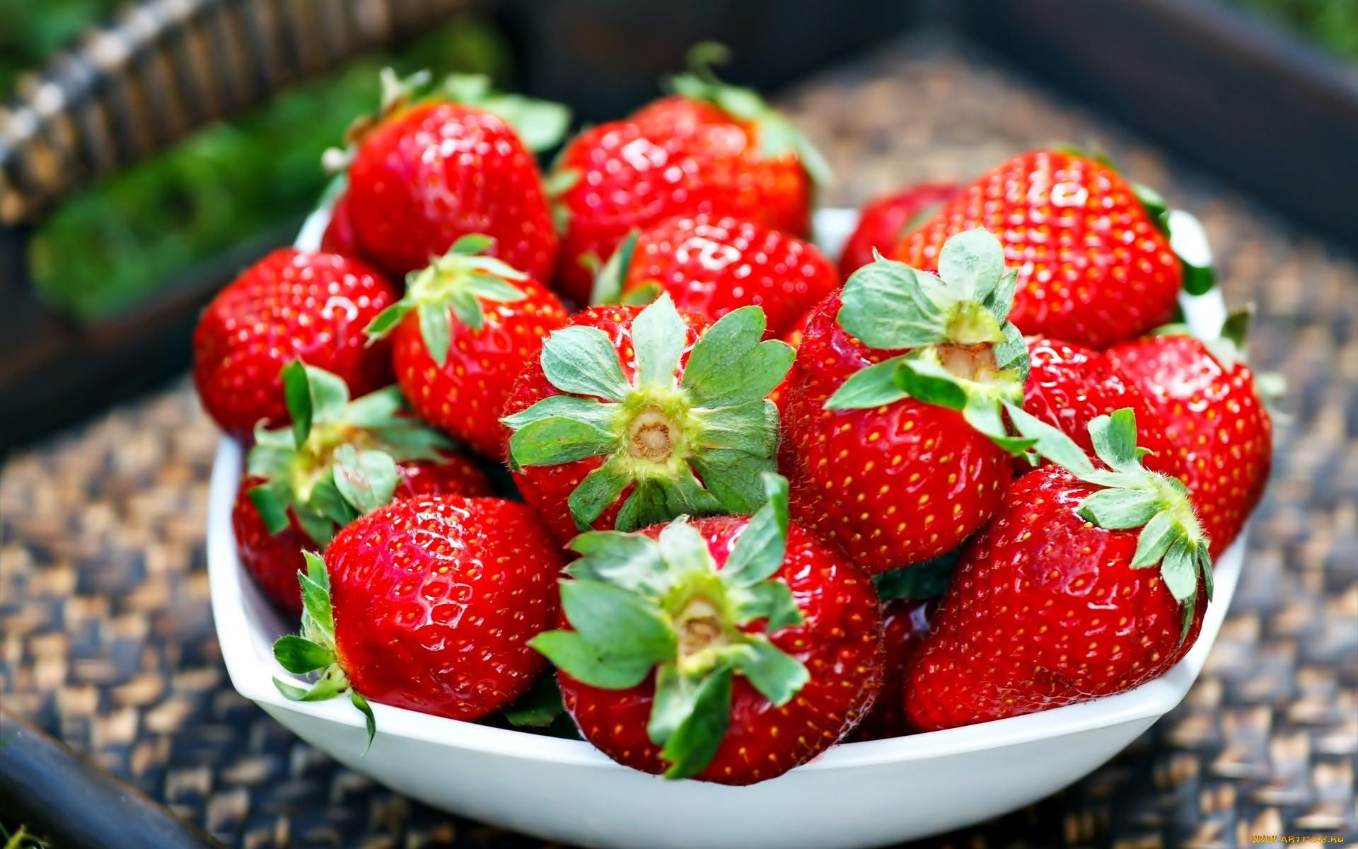 фото ягодки клубники заболеванием